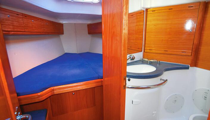 MEDKLASSE: Stor forpigg med egen inngang til badet er luksus på en 38-foter.