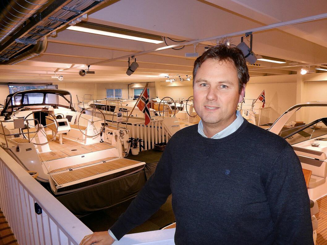 SEIL: Lars-Erik Solvang har stor tro på seilbåtene fra Bavaria. Bedre på service og mer proaktiv jobbing mot verftet skal gi resultater.