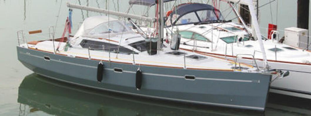 Turbåt med detaljer utenom allfarvei