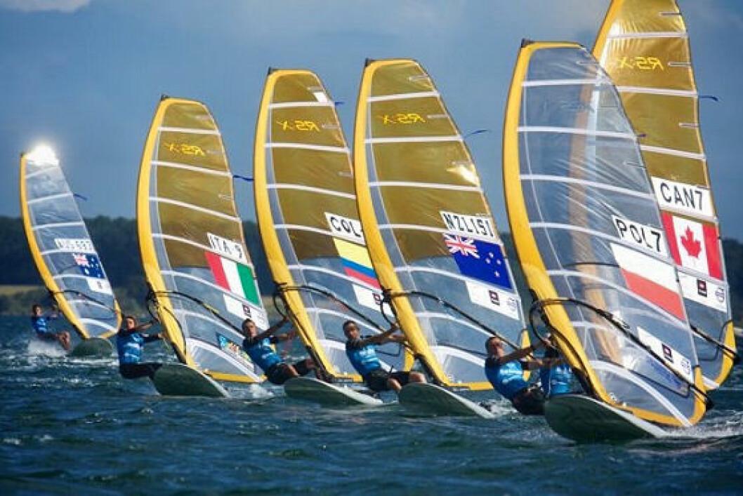 Windsurfing på trang bane