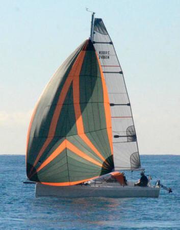 UNG: Bente 24 er en båt full av nye ideer. Skroglinjer og design følger trenden.