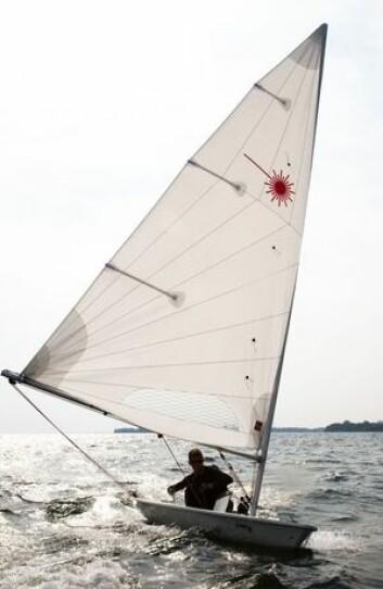 TRIM: Den nye MKII seilet skal oppføre seg mer Laser Radial-seilet. Etter OL, så er det dette seilet som gjelder, men du kan gjerne stille opp med det gode gamle.
