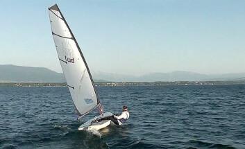 MODERNE: Forward Sailing har utviklet et alternativt seil for Laseren.