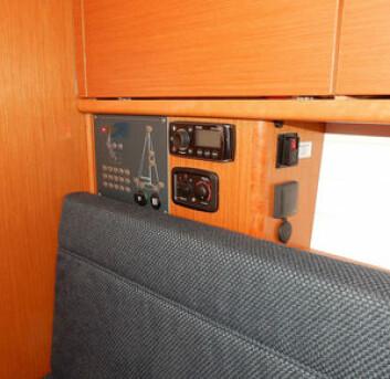 STRØM: Kartbordet er borte. Plassen for installasjoner er begrenset. I el-panelet er det nå 12 volt og USB uttak.