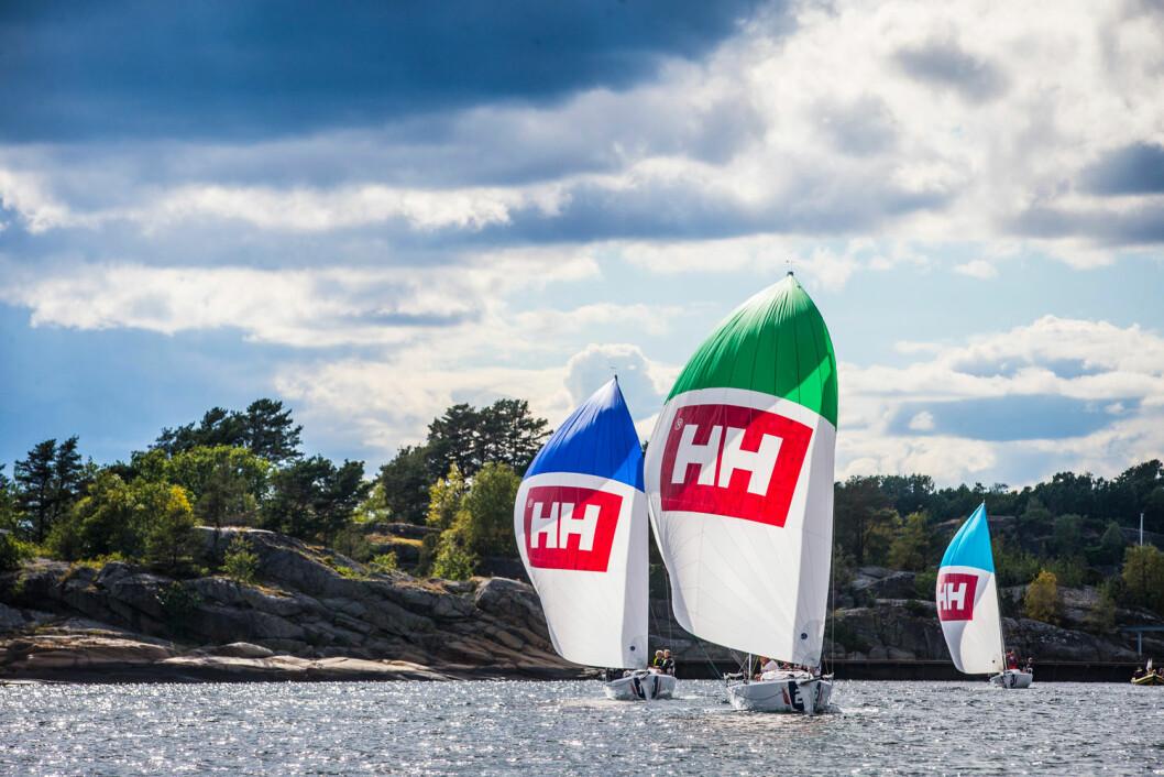 LIKE BÅTER: ? Jeg opplevde båtene i seisportsligaen som svært like, sier Geir Victor Svendsen på vinnerlaget fra Oslo Seilforening.