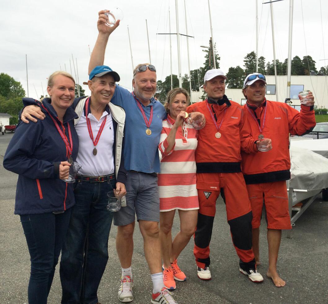 NM SNIPE MASTER: Fra venstre: Lise Gehrken, Birger Jansen, Geir Victor Svendsen, Anne-Line Sundal, Christen Horn Johannessen og Kristoffer Spone.
