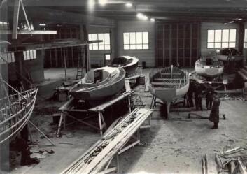 KLASSIKER: Hallberg-Rassys historie fremgår av websiden deres. Her fant vi også bilde av P28 ? trebåten som Hallberg bygde på 1960-tallet før han gikk sammen med Rassy.