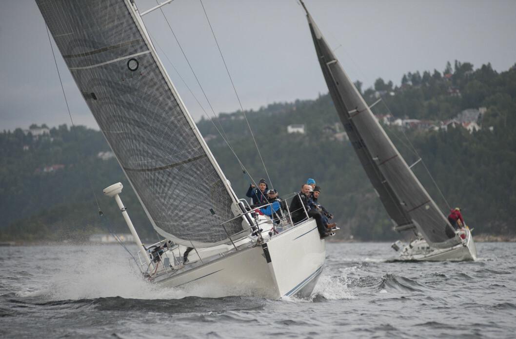 FINE FORHOLD: Det tegner til å bli fine og spennende seilaser oppunder Nesodd-landet til helgen.