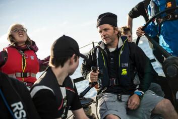 FEIL VEI: Thomas Nilsson fortalte om storbåtseiling og synes rekrutteringen til seilsporten i Norge er på et feil og for smalt spor.