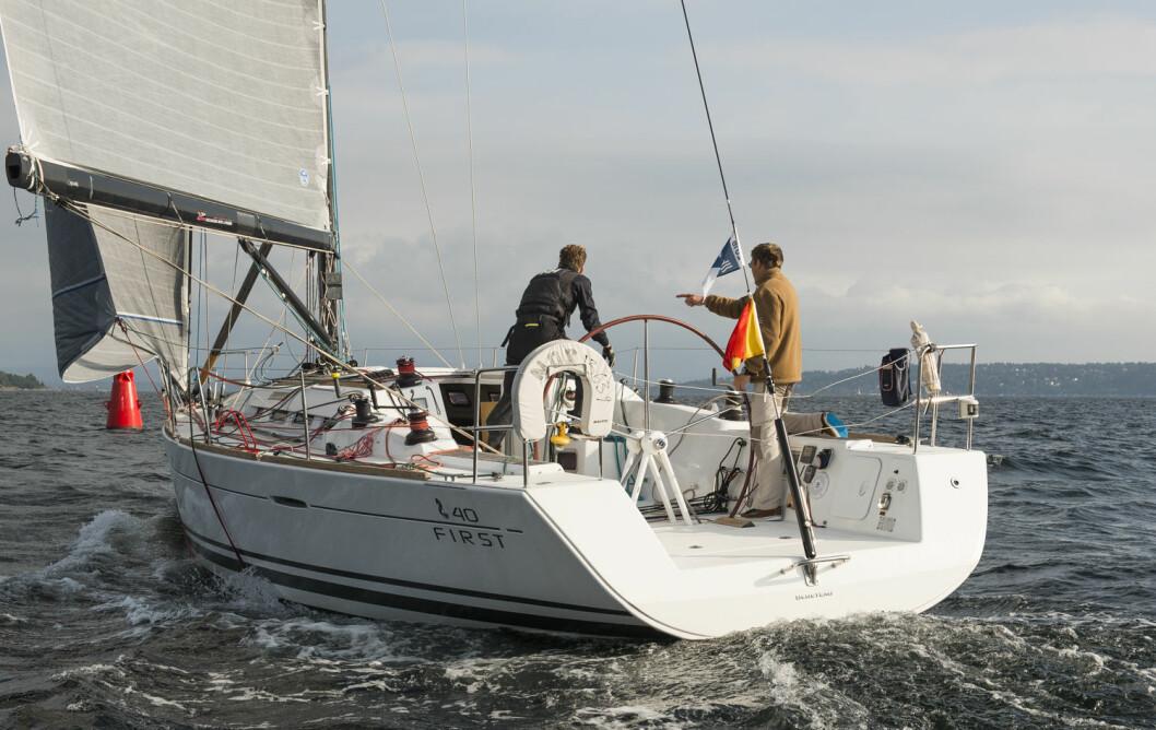 PÅMELDT: Elling Rishoff går aldri glipp av en 2Star-regatta, og han er den eneste som har fullført alle regattaene siden starten i 2004. I år seiler han sammen med sønnen Øyvind.