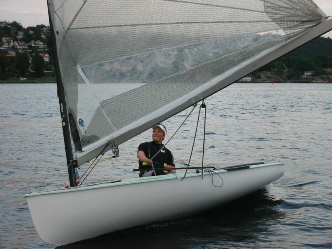 FINNJOLLE: I kjølvannet av at Anders Pedersen (bildet) har markert seg internasjonalt, har klassen også vokst i Norge, men først og fremst blant master-seilerne.