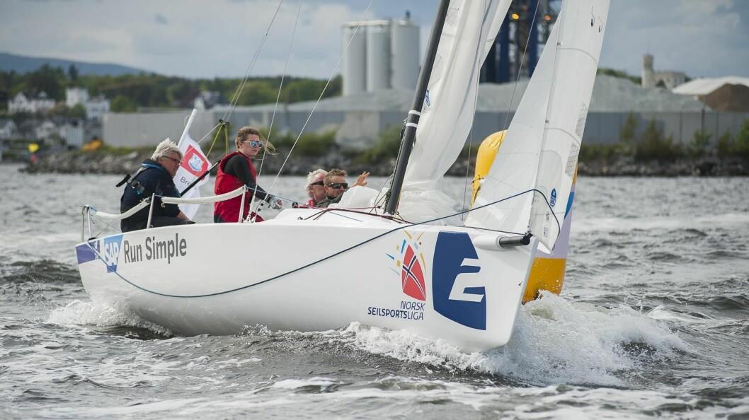 BREVIK: Dag Usterud er en viktig brikke om bord i Brevik Seilforenings seilsportsliga-lag.
