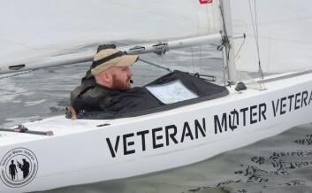 KLAR: Eivind Karlsen i feltet av store båter ut fra start.