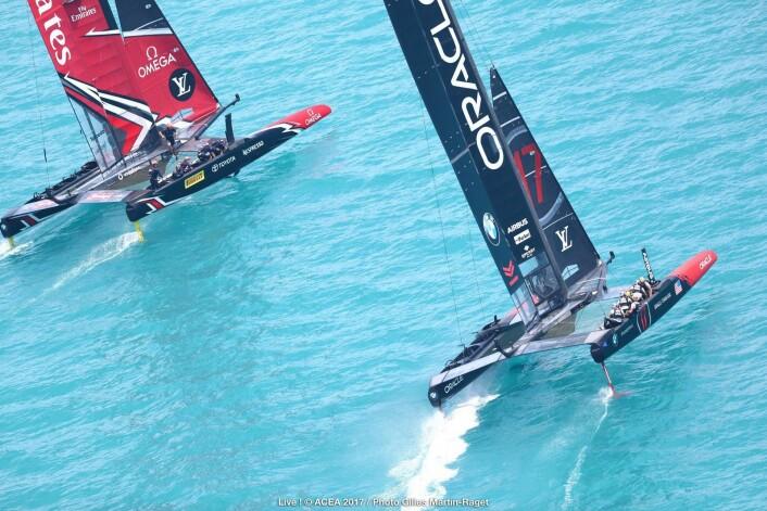 BEST: Emirates Team New Zealand hadde en bedre båt og en bedre skipper enn Oracle. De vant åtte av ni finaleseilaser.