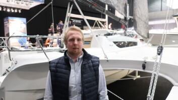 TRIM: Nikolai Bakker er storseilstrimmer på den norske båten.