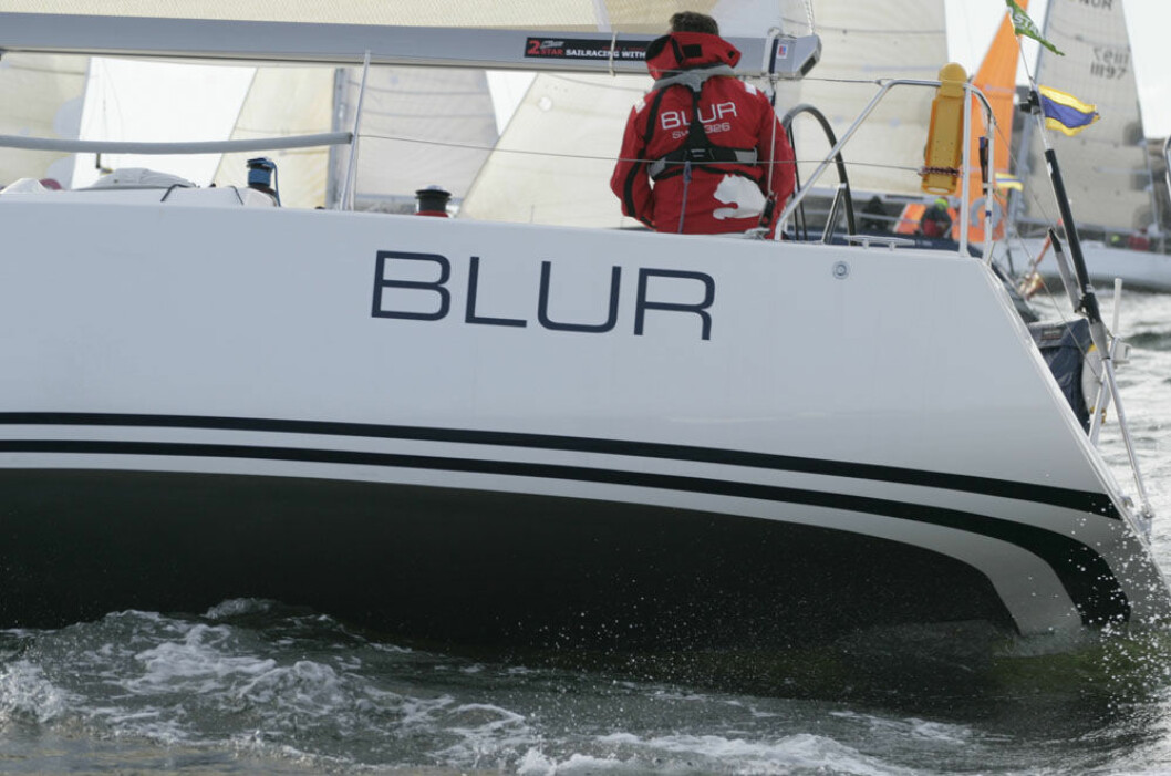 BLUR: Peter Gustafsson stiller med sin «Blur» i Zhik Skjæløy OneStar.