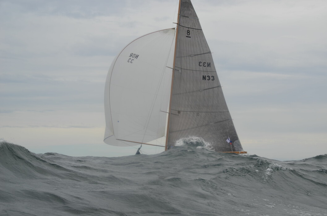 «Sira» i høy sjø
