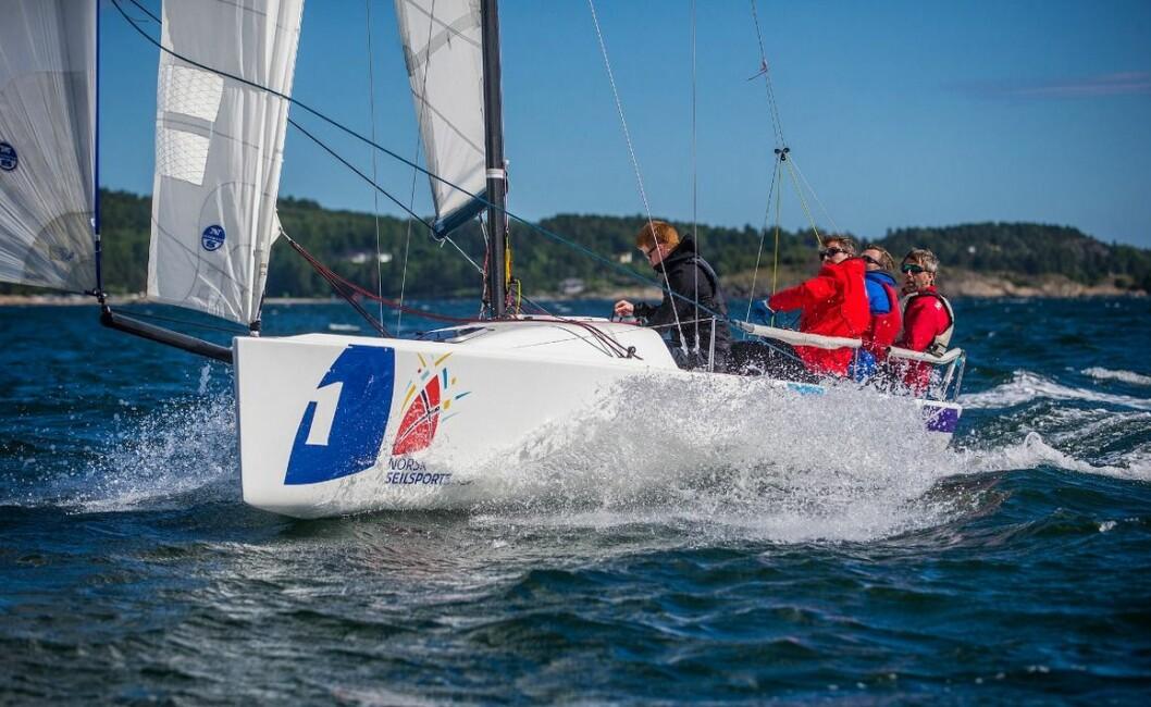 TO SEIRE: Moss Seilforening har vunnet to runder i seilsportsligaen. Klarer de også en tredje seier?