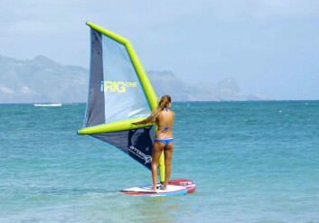 BRETT: iRig gjør seilingen windsurfing enklere, både å lære, og å transportere.