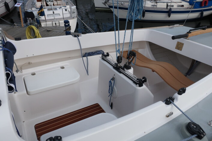 NYTT: MF-Båten kan nå også leveres med selvlensende cockpit