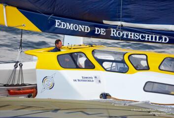 SOLO: Sebastien Josse har planer om å seile alene rundt jorda med den store trimaranen.