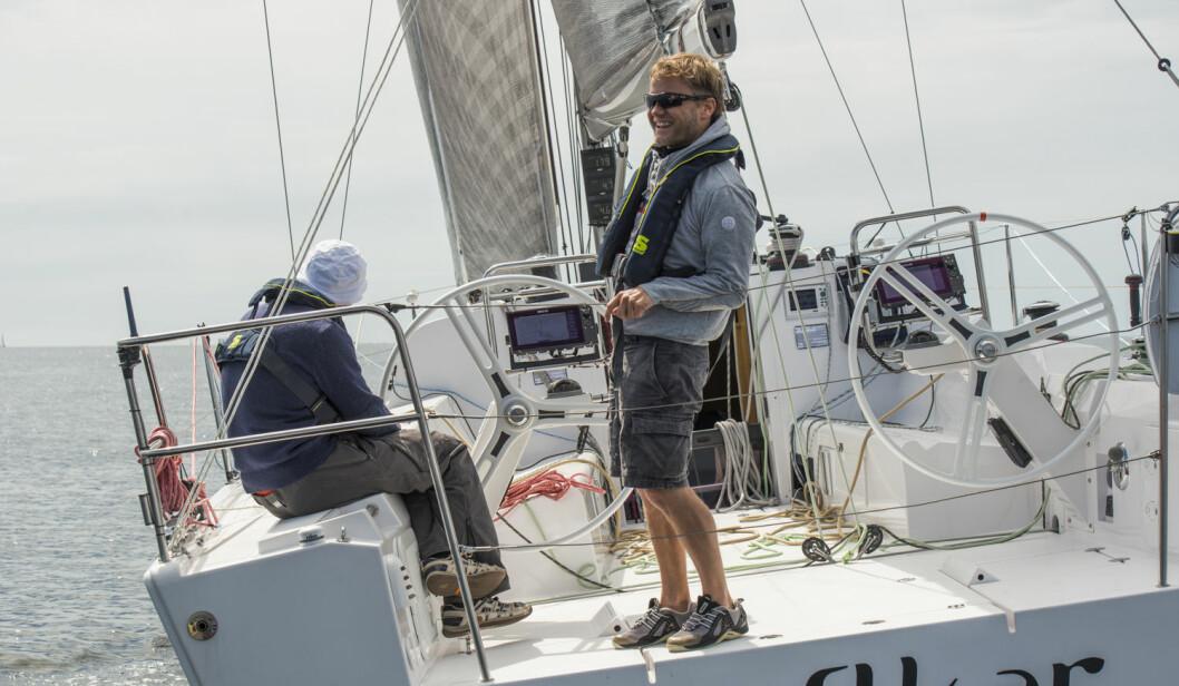ALENE: I Zhik Skjæløy OneStar og Bergen Singlehanded må seilerne klare seg på egenhånd. Sigmund Andre Hertzberg (t.h) må klare seg uten makkeren Tim Sandberg.