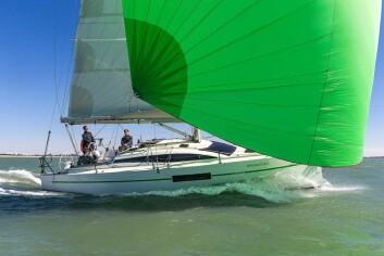 SPENNENDE: RM 970 er en av messens mest interessante seilbåter. Den utstilte båten er eiet av Francois Gabart, en av Frankrikes mest profilerte seilere.