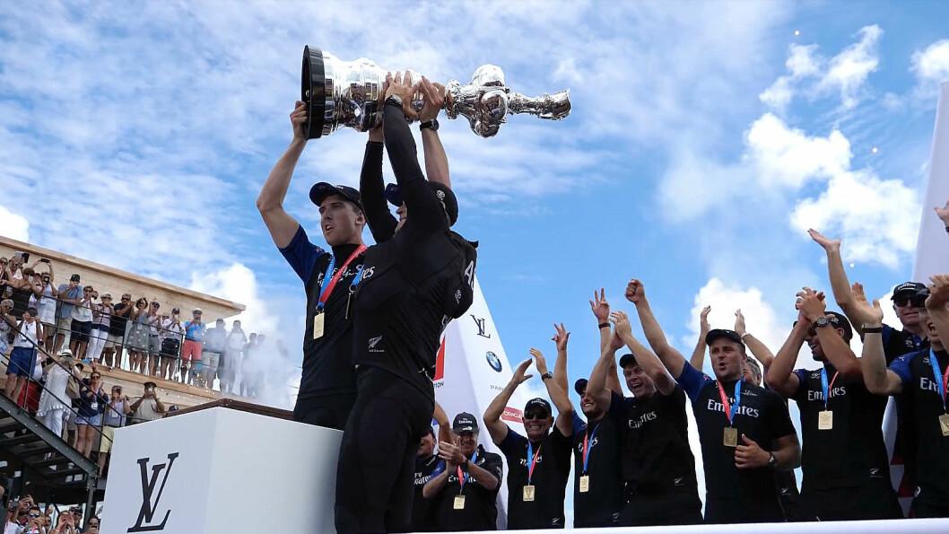 VINNERE: Emirates Team New Zealand vant America's Cup, og var det eneste laget som ikke hadde forpliktet seg til cupens fremtid.