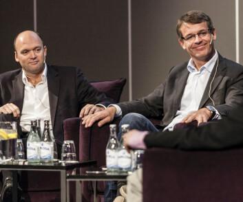 ARVTAGEREN: Mark Turner har overtatt stafettpinnen av Knut Frostad. Her er de i diskusjon sammen underWorld Yacht Racing Forum i Gøteborg i 2013.