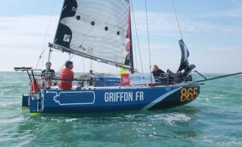 FAVORITT: David Raison tegner de raskeste båtene, og Ian Lipinski har seilt raskest i år.