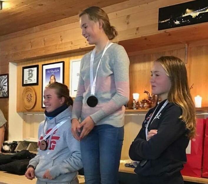 WASZP JENTER: 1. Fredrikke Foss, 2. Pia Dahl Andersen, 3. Karoline Brudevoll Rognlien.
