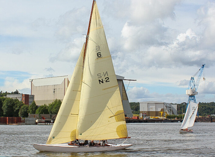 6-METER: «Mosquito» var eldste båt i havneregattaen.