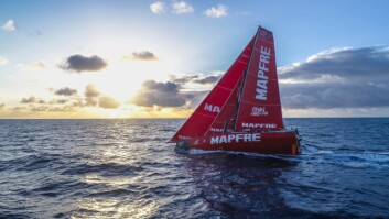 FAVORITT: «Mapfre» viser styrke, tross for at båten lå sist på tabellen i helgen.