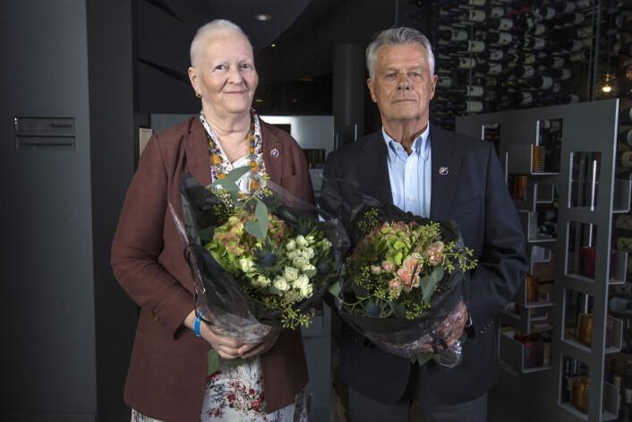 HONNØR: Marianne Middelthon og Thomas Kresse ble tildelt NSFs hederspris for sin livslange innsats for norsk seilsport og dommergjerningen i sin særdeleshet. FOTO: Morten Jensen