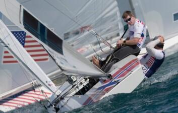 FART: verdensmester Melleby sliter med båtfarten på Bahamas.