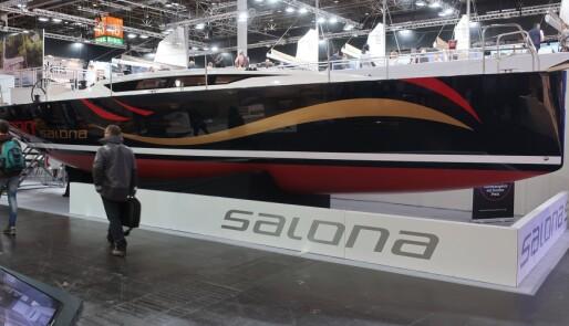 Salona 380 med trang fødsel