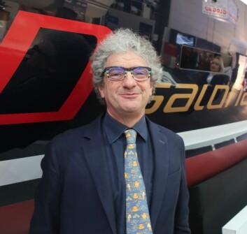 DESIGNER: Maurizio Cossutti står bak Salona 380. Han  stod bak en rekke nye seilbåter vist frem i Dusseldorf.