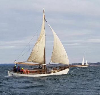SLØR: «S/Y The Pearl» var den siste båten i havn i Strømstad.