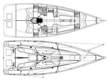 KLASSISK: Italia 11.98 får en stor cockpit, og innredningen blir bedre for regatta, enn tur.