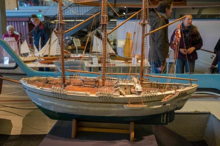 «MAUD»: Denne modellen av polarskuta «Maud», utlånt av Skimuseet, var en av attraksjonene på modellbåtutstillingen.