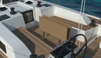 TUR: Nyheten får en komfortabel cockpit med bord. Fallvinsjer er plassert på hyttetaket.