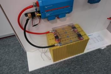 STRØM: Farco tar inn litiumbatterier fra  Winston. De skal være ekstra robuste.
