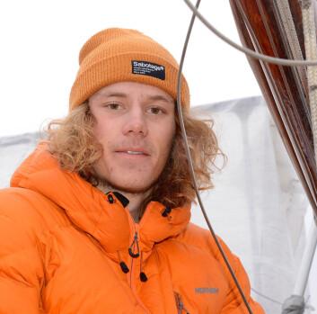 REDER: Fritjof Norlen kjøpte engen seilbåt som 14-åring. Nå er han 16, og har planer om å seile med venner til Nederland i den 26 fots lange båten.