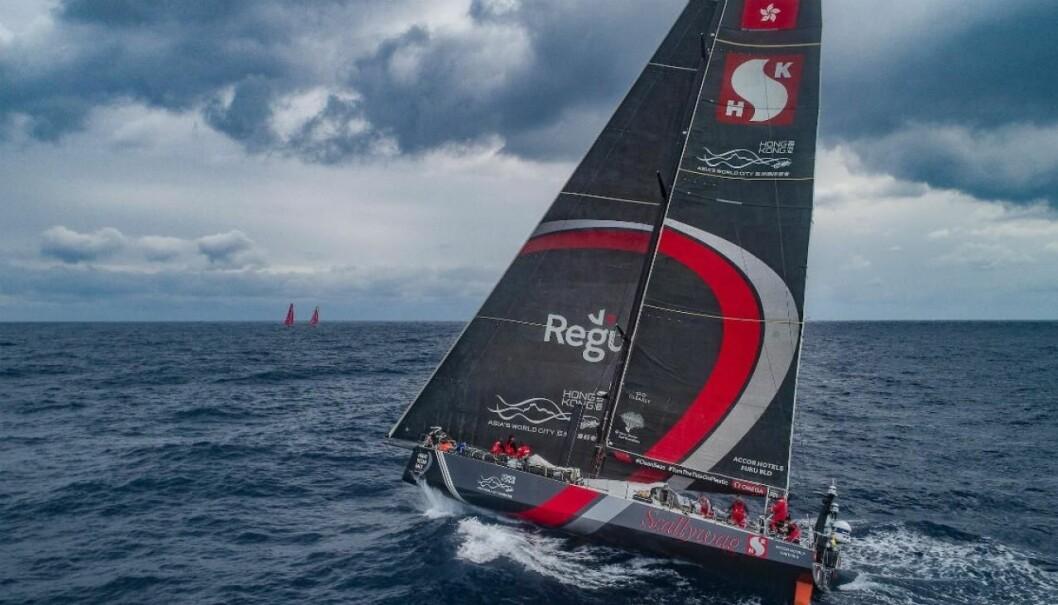 ULYKKE: Scallywag ligger overraskende som nummer tre overall. Båten vant fjerde etappe.