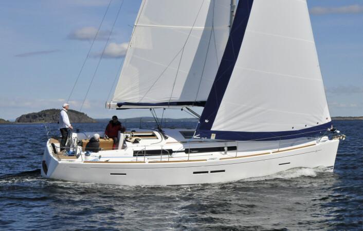 DUFOUR: Båten i rettsaken er en Dufour 405. Verftet har aldri hatt alvorlige problemer med kjølen.