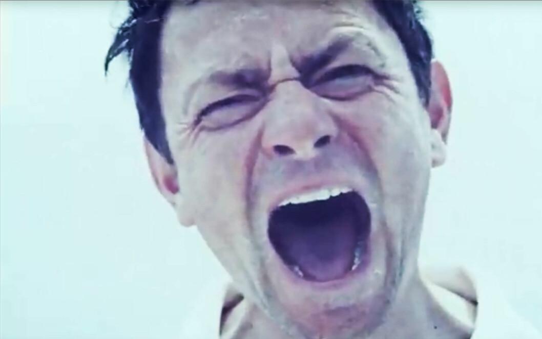 SKREKKFILM: Regissøren Simon Rumley har gjort Donald Crowhursts historie om til en skrekkfilm.