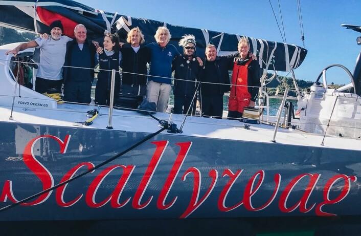 TRANSPORT: «Scallywag» har fått om bord åtte personer som skal tranportere båten fra Puerto Montt i Chile.