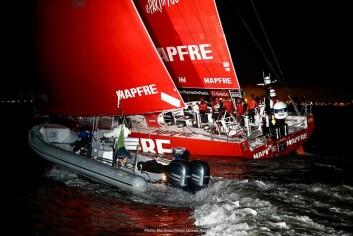 SVAKT: «Mapfre» kom sist av de som fullførte, men fikk skade på rigg og seil på den harde etappen.