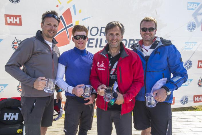 MANGE PÅ LAGET: Moss regner med å bruke 9-10 ulike seilere i seilsportsligaen i løpet av 2018. I Sandefjord i 2017 seilte fra venstre Pål Tønnesson, Andreas D. Petersen, Karl-Einar Jensen og Jørn-Erik Ruud.