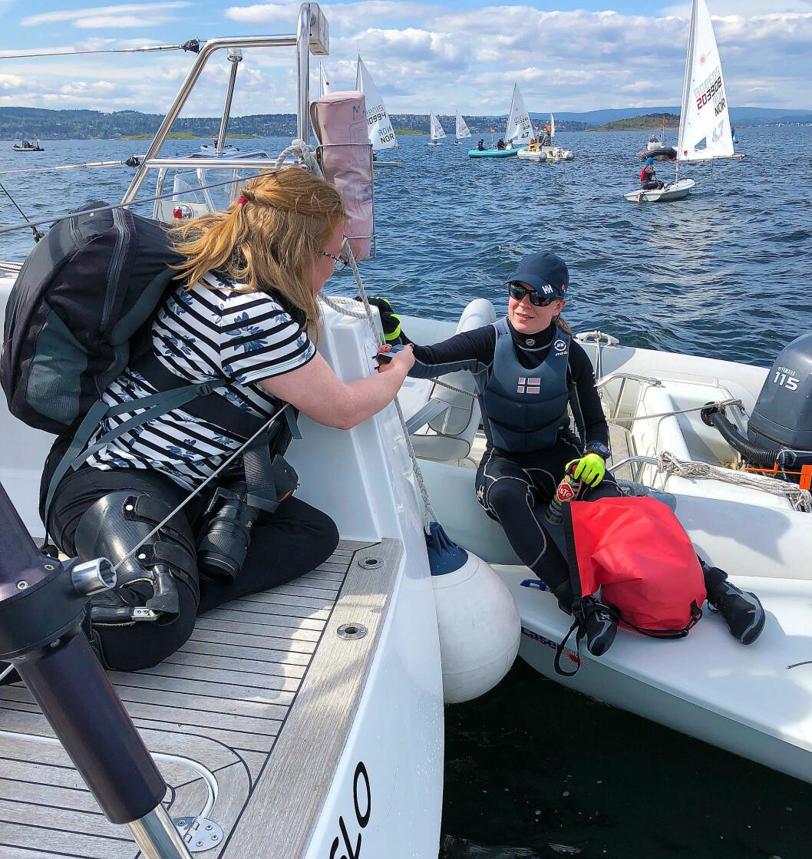 PRESSE: Nordstrand Blad i samtale med Caroline Rosmo på banen.